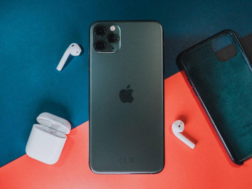 W jaki sposób założyć Apple ID bez użycia karty kredytowej?